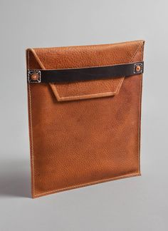 Thanks @Billy Dixon Reid for this amazing iPad case made in Tennessee from hand-cut pebble grain tobacco leather.