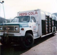 Pepsi Cola, Coke, Drink Delivery, Medium Duty Trucks, Soft Drink, Vintage Trucks, Classic Trucks, Chevy Trucks, Tractors