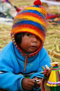 Niño Peruano - I want to adopt this child! Kids Around The World, We Are The World, People Around The World, Precious Children, Beautiful Children, Beautiful People, Cute Babies Photography, Children Photography, Peruvian Textiles