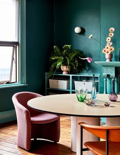 The Design Files - Ladies of Leisure Up The Ante With Their Impressive New HQ. Wall Colors, House Colors, Colours, Interior Color Schemes, Colour Schemes, Interior Decorating, Interior Design, Australian Homes, The Design Files