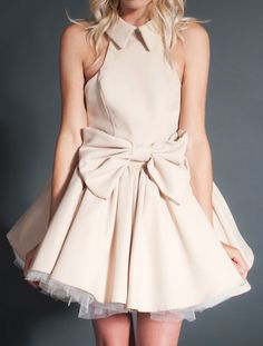 lovely little dress with a bow
