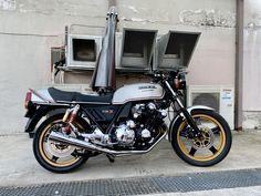 Honda CBX 1000Z-for sale alexgorilas@gmail.com #livingroommotorcycles Honda Cbx, Motorcycle, Bike, Living Room, Bicycle, Sitting Rooms, Motorcycles, Living Rooms, Family Room