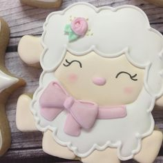 my heart 🐑😍 . Crazy Cookies, Sweet Cookies, Iced Cookies, Easter Cookies, Holiday Cookies, Cupcake Cookies, Cupcakes, Baby Girl Cookies, Baby Shower Cookies