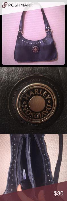Harley Davidson 100% genuine Lester purse Barely used black leather Harley Davidson purse Harley-Davidson Bags Shoulder Bags
