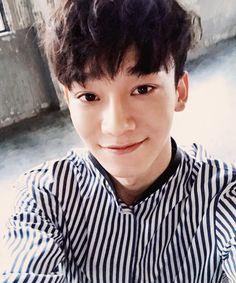 exo chen selca selfie