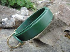Green Sqaure Raised Collar