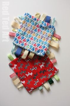 "How to Make a Taggie Blanket - Easy Sewing Project - make a crinkly one or a ""quiet time one""."