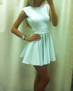 Little white dress Dress Outfits, Cute Outfits, Fashion Outfits, Summer Dresses Tumblr, Cute Dresses, Beautiful Dresses, Prom Dresses, Fashion Beauty, Fashion Looks