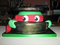 Torta delle Tartarughe Ninja con decorazioni in pasta di zucchero n. 47