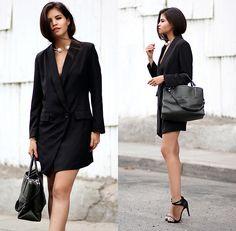 Adriana Gastélum - Sheinside Little Black Blazer, Coach The Borough Bag - Little black blazer