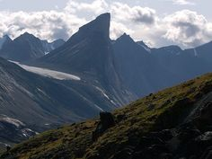 """Mount Thor, Baffin Island, Nunavut. """"Earth's largest purely vertical drop"""" ?"""