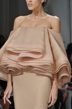 Wearable Art - sculptural dress with beautifully formed rippling layers in pale colours; 3D fashion details // Zac Posen Spring 2014