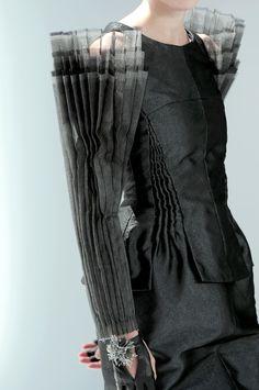 > Um, hello Guo Pei? Chanel Couture Fall 2008