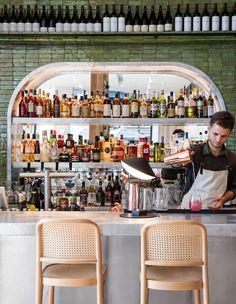 Bar at Ete restaurant in Sydney. Deco Restaurant, Waterfront Restaurant, Modern Restaurant, Restaurant Ideas, French Restaurants, London Restaurants, Bar Interior, Restaurant Interior Design, Australian Restaurant