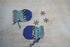 Newborn baby boy boho mittens 0-3 monthS Baby Mittens, Yarn Sizes, Baby Boy Newborn, Hand Warmers, 3 Months, Baby Blue, Color Schemes, Crochet Earrings, Wool