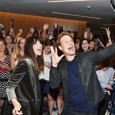 #Samheughan #Caitrionabalfe #JamieFraser #ClaireRandallFraser #premiere #outlander #season3 #newyork #fans #outlanderfans #selfie  via ✨ @padgram ✨(http://dl.padgram.com)