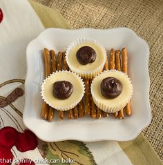Mini Rolo Cheesecakes with Pretzel Crusts…