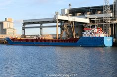 http://koopvaardij.blogspot.nl/2017/02/17-februari-2017-afgemeerd-te.html    EEMS CHRYSTAL  Bouwjaar: 2007, imonummer: 9350460, grt: 1945  Eigenaar: Verkade Shipping B.V., Delfzijl