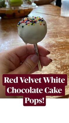Quick Easy Desserts, Fun Desserts, Delicious Desserts, Dessert Recipes, Chocolate Cake Pops, Chocolate Recipes, Funfetti Cake Pops Recipe, Healthy Cake Pops, Oreo Cookie Cake