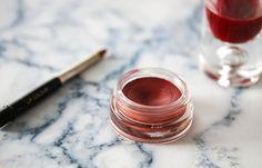 hoe maak je je eigen natuurlijke lippenstift