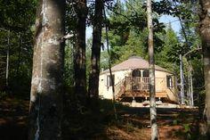 Regardez ce logement incroyable sur Airbnb : YOURTE D'EN HAUT - Yourtes à louer…
