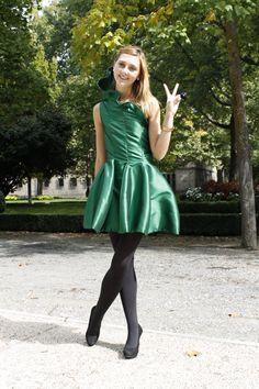 Mira este artículo en mi tienda de Etsy: https://www.etsy.com/es/listing/249514105/green-minidress-mini-vestido-verde-reloj