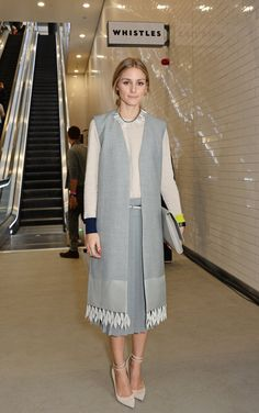 Pin for Later: 26 Reasons Olivia Palermo Earned Her Front-Row Spot at Fashion Week London Fashion Week At the Whistles presentation, Olivia played up the fringe hemline of her vest with a quirky bib necklace that's got the same aesthetic.