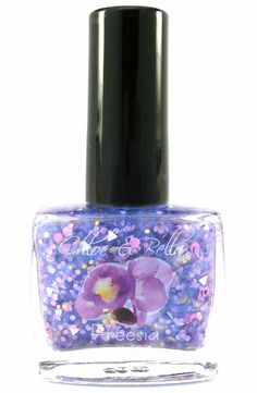 FREESIA NAIL POLISH www.chloeandbella.com Freesia is a gorgeous blend that includes a soft shimmering purple base, three different bright yellow glitters, four different white glitters, and five different purple glitters of various sizes and shapes. This polish is absolutely PACKED with sparkle!