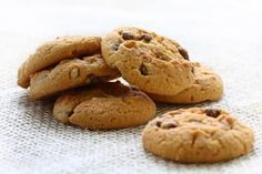 These cookies are quick to make. Because each pan bakes for 10 minutes, you can bake three dozen in less than half an hour. This is very useful if you need a solid batch of cookies quickly for a party or luncheon or even an after-school snack. Cake Box Cookies, Cookie Box, Biscuit Cookies, Box Cake, Cookie Recipes, Snack Recipes, After School Snacks, A Food, Food Photography