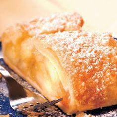 Ďalšie obľúbené recepty: Perníkový podkrovný byt v New York-u Torty, ktoré vám vyrazia dych Tip na nedeľný obed: Karfiolové placky s petržlenovým dipom a Makovo-višňová štrúdľa Jedlé portéty osobností podľa Jolity 16 úžasných nápadov ako naaranžovať jedlo na tanieri TIP na nedeľný obed| Treska na talianský spôsob s gremolatovými zemiakmi & Šťavnatá štrúdľa Videonávod | … Pokračovať v čítaní →