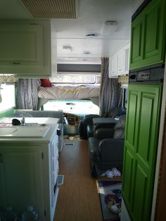 "This is one of the most beautiful RV ""rescues"" that I've seen! LOVE LOVE LOVE the color schemes!"