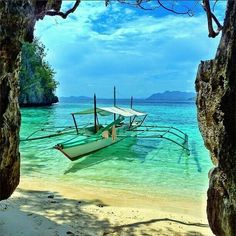 Coron, Philippines...wow, how stunning. Must visit!