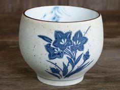 Japanese Ceramics, Handmade Ceramics, Tea Bowl, Tea Cup, Matcha Chawan, Hand Painted, Blue Flowers, Bone China Clay, Made In Japan.