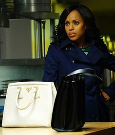 Scandal Fashion Recap: Has Olivia Lost Her White Hat? Office Fashion, Work Fashion, Fashion Beauty, Women's Fashion, Olivia Pope Style, Scandal Fashion, Olivia And Fitz, Corporate Chic, Business Outfits