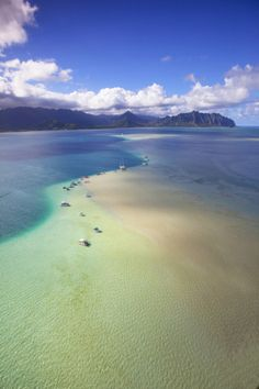 Sand Bar at Kaneohe Bay, Oahu, Hawaii
