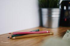 Antes de nada, y salvo que tengas todavía tengas los de tu infancia, lo primero que necesitas son unos lápices de colores con los que dar vida a todas estas ilustraciones. Puedes comprarlos por separado, pero si quieres tener variedad lo mejor es hacerse con uno de los siguientes sets