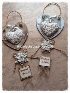 briciole di gioia Christmas Deco, Christmas Time, Christmas Crafts, Christmas Ornaments, Christmas Is Coming, Shabby Chic, Decoupage, Craft Projects, Pottery