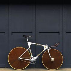 Unicycle, Football And Basketball, Cycling Art, Bike Art, Vintage Bikes, Bike Design, Road Bikes, Bike Life, Custom Paint