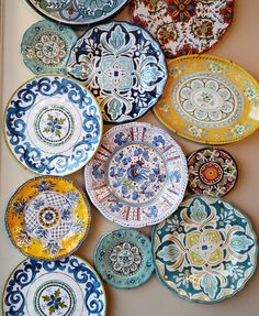 Popular Art, Remodeling, Decorative Plates, Home Decor, Folk Art, Interior Design, Home Interior Design, Home Decoration, Decoration Home