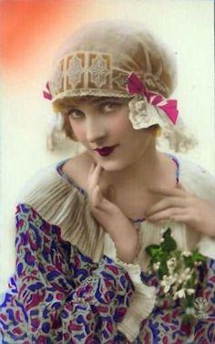 Boho Vintage, Vintage Glamour, Vintage Girls, Vintage Beauty, Vintage Prints, Retro Vintage, Vintage Outfits, Vintage Fashion, Vintage Costumes