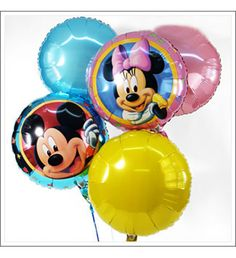 MICKEY & MINNIE MOUSE BALLOON BOUQUET Surprise with the largest Disney balloon bouquet from our range. Your balloon bouquet we deliver on time in a sturdy card packing. An additional band secures the balloon.