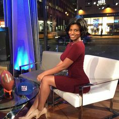 Pictures of Taylor Rooks, the newest face of sports broadcasting Beautiful People, Beautiful Women, Sports Celebrities, News Media, Rook, Sport Girl, New Woman, Sexy Women, Black Women