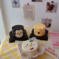 Pretty Birthday Cakes, Mini Tortillas, Cake Decorating Techniques, Box Cake, Cute Cakes, Aesthetic Food, Mini Cakes, Bento, Cake Designs