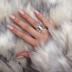 nude nails and that ring - LOVE
