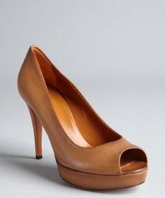 Gucci : cognac distressed leather peep toe platform pumps