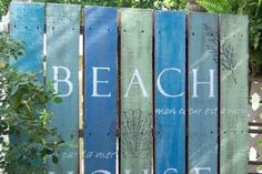 DIY Wood Pallet Decor Ideas Coastal Style - Coastal Decor Ideas and Interior Design Inspiration Images Beach Cottage Style, Beach House Decor, Coastal Style, Coastal Decor, Coastal Living, Beach Theme Garden, Seaside Theme, Home Decor, Arte Pallet