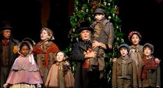 This production A CHRISTMAS CAROL at Ford's Theatre was directed by Michael Baron, Lyric's artistic director- just like Lyric's A CHRISTMAS CAROL!