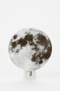 Celestial nightlight, I was unsure if I want this in my home or if it just one of my geeky loves