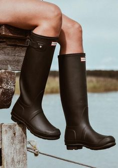 Hunter Wellington Boots, Wellies Rain Boots, Flat Sandals, Rubber Rain Boots, Riding Boots, Shoes, Fashion, Moda Masculina, Men's