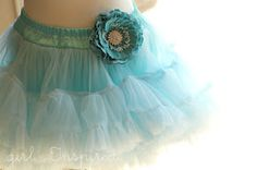 Girl. Inspired.: Pettiskirt, Please: A Tutorial